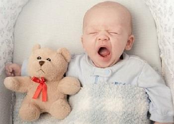 грудничок спит по 30 минут днем
