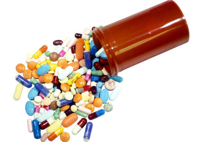 Для выведения гормонов из организма нужно полностью отказаться от приема препаратов