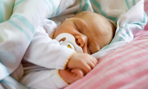 смерть новорожденных