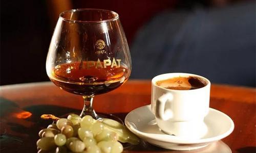 кофе и алкогольные напитки
