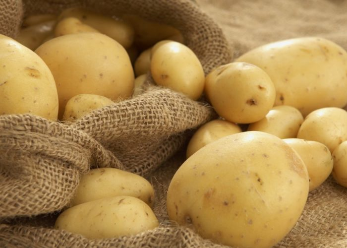 Необходимо максимально ограничить потребление крахмалистых овощей и фруктов