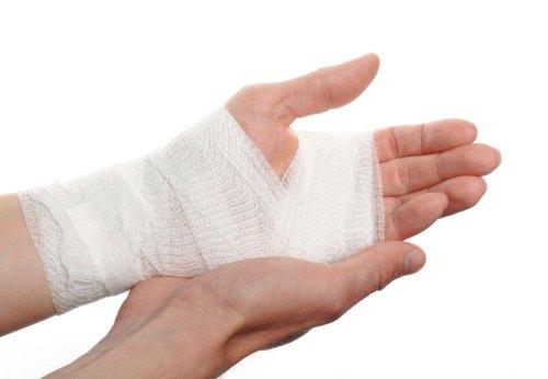 ношение браслета при открытых ранах