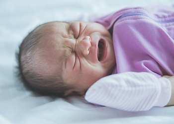 первые симптомы ишемии мозга у детей