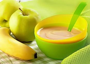 фруктовое пюре с бананом и яблоком